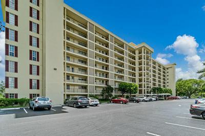 3300 N PALM AIRE DR APT 507, Pompano Beach, FL 33069 - Photo 1