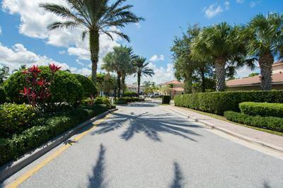 255 SW WALKING PATH, Stuart, FL 34997 - Photo 2