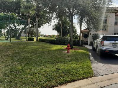 14394 VIA ROYALE APT 4, Delray Beach, FL 33446 - Photo 2