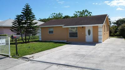 1173 W 33RD ST, Riviera Beach, FL 33404 - Photo 1