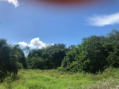 8460 SE COMUS ST, Hobe Sound, FL 33455 - Photo 1