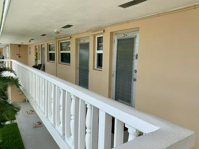 2191 NE 1ST CT APT 204, Boynton Beach, FL 33435 - Photo 2