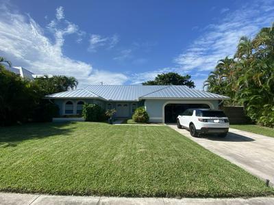 759 BAILEY ST, Boca Raton, FL 33487 - Photo 1