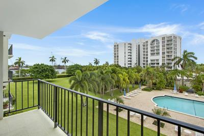 3800 WASHINGTON RD APT 303, West Palm Beach, FL 33405 - Photo 2