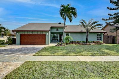 9742 RICHMOND CIR, Boca Raton, FL 33434 - Photo 2