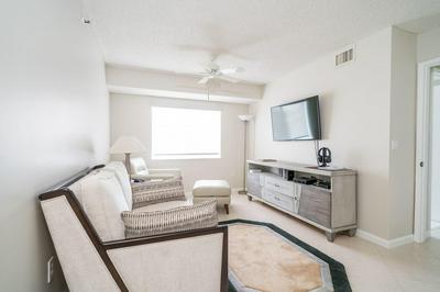 14096 HUNTINGTON POINTE DR APT 310, Delray Beach, FL 33484 - Photo 2