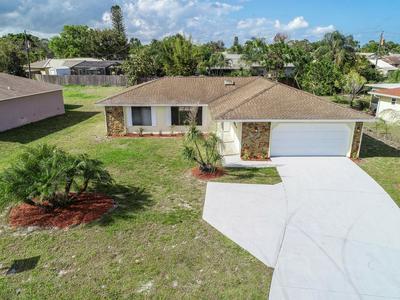 2574 SE FLORESTA DR, PORT SAINT LUCIE, FL 34984 - Photo 1