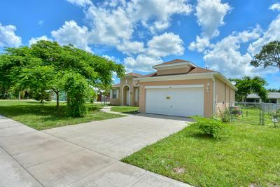 421 NE AIROSO BLVD, Port Saint Lucie, FL 34983 - Photo 2