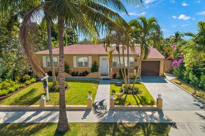 360 LYTLE ST, West Palm Beach, FL 33405 - Photo 2