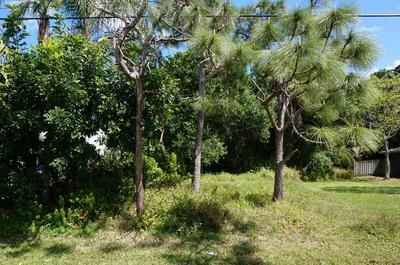 1220 BEVAN DR, SEBASTIAN, FL 32958 - Photo 1