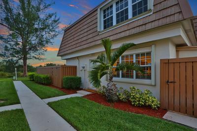 4338 HAZEL AVE APT A, Palm Beach Gardens, FL 33410 - Photo 2