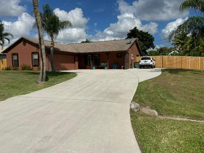 507 SE KYLE RD, PORT SAINT LUCIE, FL 34984 - Photo 2