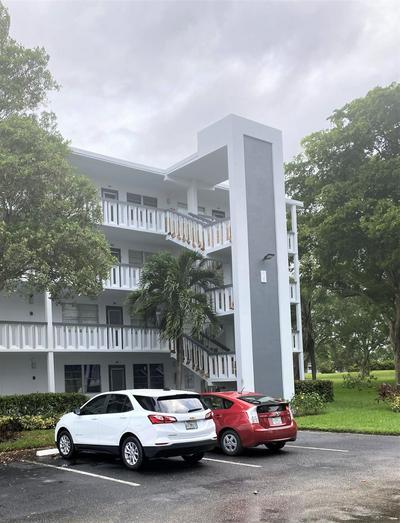 1013 LYNDHURST H, Deerfield Beach, FL 33442 - Photo 1