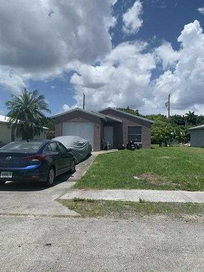 313 CARISSA DR, Pahokee, FL 33476 - Photo 1