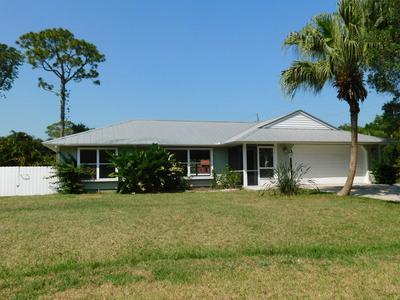 8102 SANTA CLARA BLVD, FORT PIERCE, FL 34951 - Photo 2
