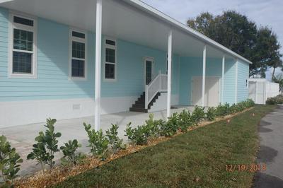 198 NE CHANNEL WAY, OCEAN BREEZE, FL 34957 - Photo 2