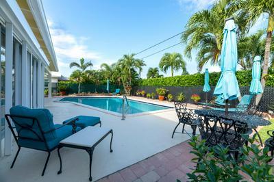 437 HARBOUR RD, North Palm Beach, FL 33408 - Photo 2
