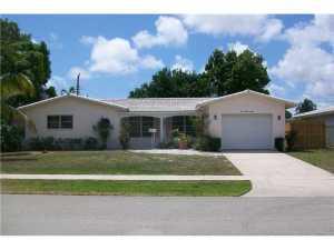 998 SW 4TH ST, Boca Raton, FL 33486 - Photo 1