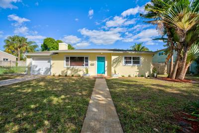 373 ARLINGTON RD, West Palm Beach, FL 33405 - Photo 1