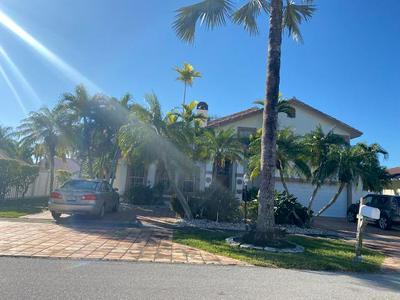 372 ROSEWOOD CIR, Boca Raton, FL 33487 - Photo 1