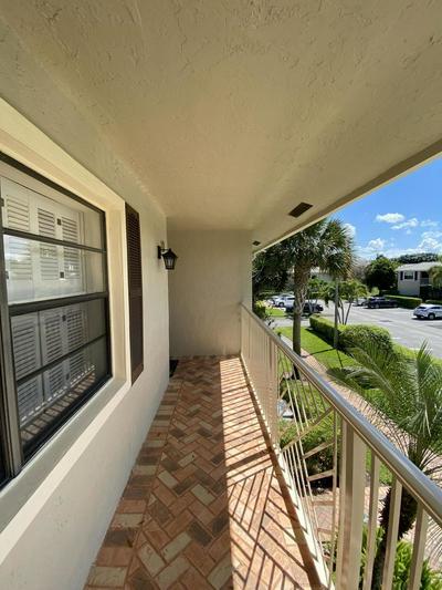 6 STRATFORD DR E APT D, BOYNTON BEACH, FL 33436 - Photo 2
