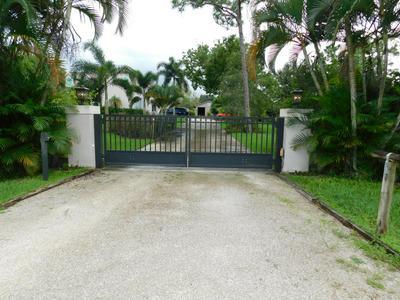 12136 HAMLIN BLVD, West Palm Beach, FL 33412 - Photo 2