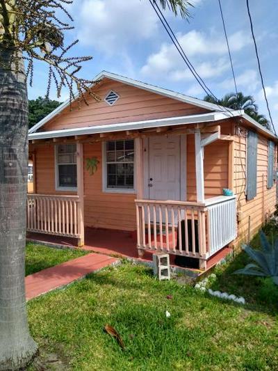 4561 DIEKHANS RD, West Palm Beach, FL 33417 - Photo 1