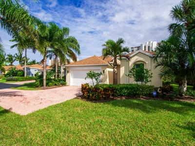 3254 LAKESHORE DR, Hutchinson Island, FL 34949 - Photo 2