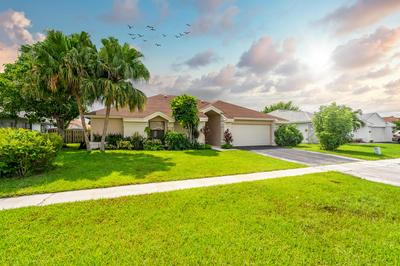 10134 182ND LN S, Boca Raton, FL 33498 - Photo 2
