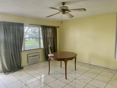 219 PRESTON F # F, Boca Raton, FL 33434 - Photo 2