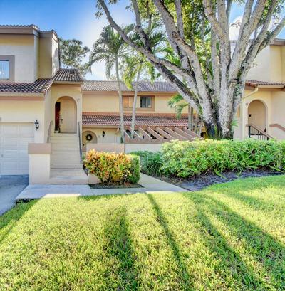 5521 COACH HOUSE CIR APT F, Boca Raton, FL 33486 - Photo 1