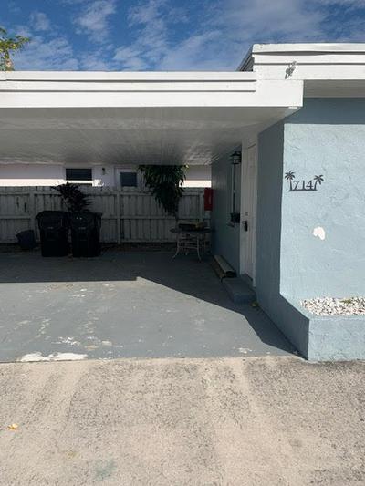 716 3RD AVE N, Lake Worth, FL 33460 - Photo 1
