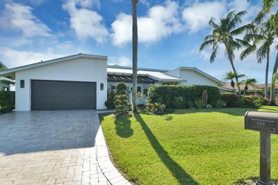 688 LAKEWOODE CIR E, Delray Beach, FL 33445 - Photo 2