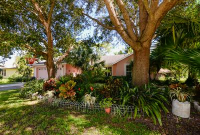 1097 SE SHAKESPEARE AVE, Port Saint Lucie, FL 34983 - Photo 2