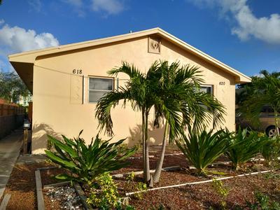 618 S E ST, Lake Worth, FL 33460 - Photo 1