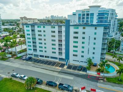 720 BAYSHORE DR APT 605, Fort Lauderdale, FL 33304 - Photo 2