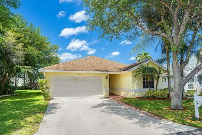 1058 FAIRFAX CIR W, Boynton Beach, FL 33436 - Photo 1