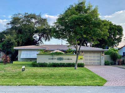 1532 NE 27TH ST, Wilton Manors, FL 33334 - Photo 2