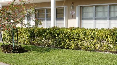124 DOVER B, West Palm Beach, FL 33417 - Photo 1