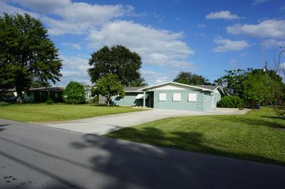 1193 SE MADISON AVE, Stuart, FL 34996 - Photo 2