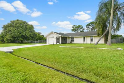 791 SE CELTIC AVE, Port Saint Lucie, FL 34983 - Photo 2