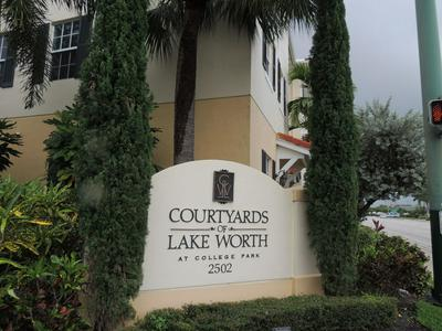 2502 N DIXIE HWY UNIT 5, Lake Worth Beach, FL 33460 - Photo 2