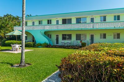1006 CASUARINA RD APT 5, Delray Beach, FL 33483 - Photo 2