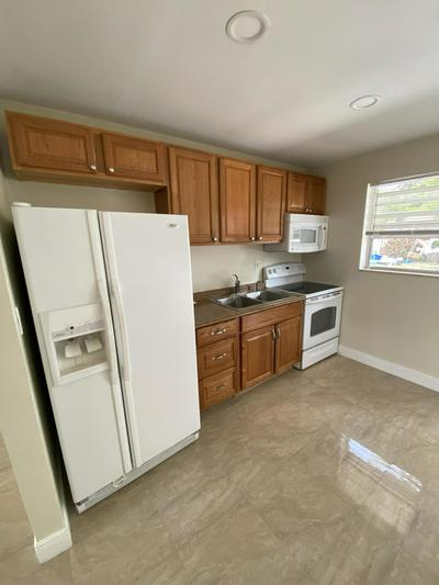 1125 NW 5TH CT # 1, Fort Lauderdale, FL 33311 - Photo 2