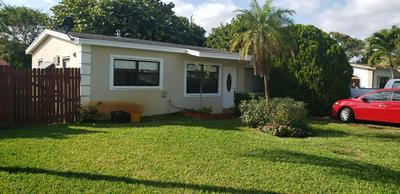 2407 NE 4TH CT, BOYNTON BEACH, FL 33435 - Photo 1