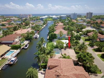 933 BANYAN DR, Delray Beach, FL 33483 - Photo 2