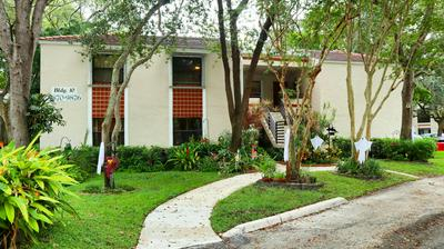 9876 NW 3RD CT # 4, Plantation, FL 33324 - Photo 1