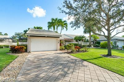 19 VILLA LN, Boynton Beach, FL 33436 - Photo 1