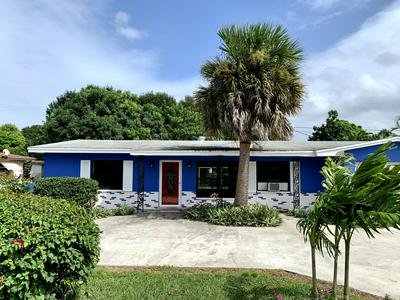 301 RIOMAR DR, Port Saint Lucie, FL 34952 - Photo 2