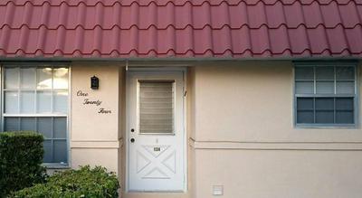 124 AMHERST LN, Lake Worth, FL 33467 - Photo 2
